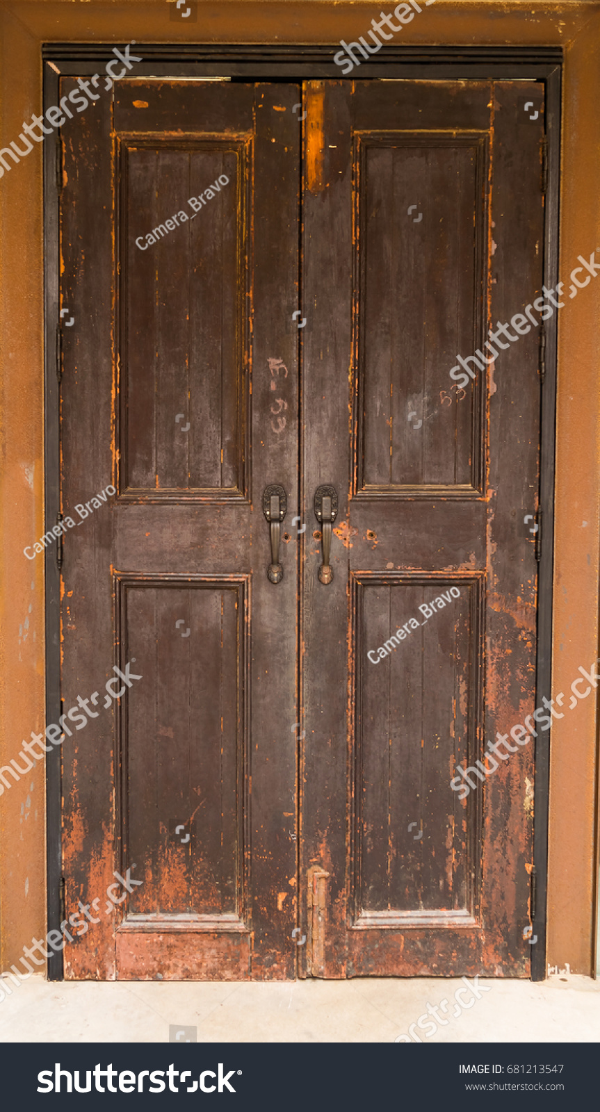 Old Wooden Door Large Doors Ancient Stock Photo 681213547 ...