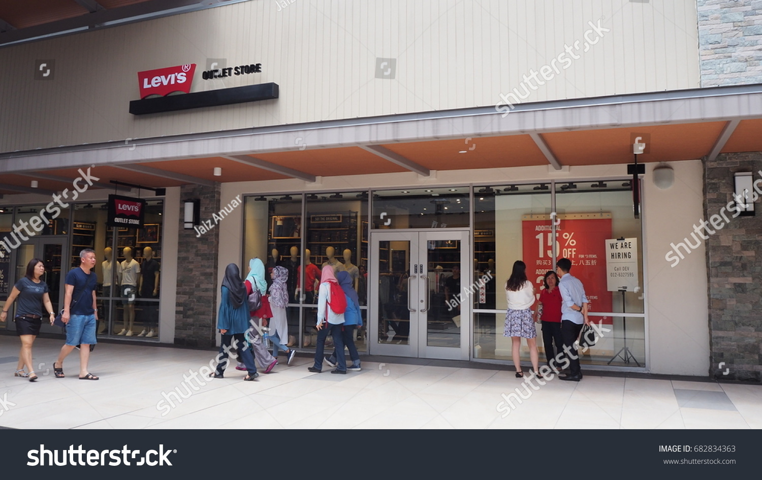 f3a5ac541b5 GENTING HIGHLAND, MALAYSIA- JULY 23, 2017: Levi's outlet store in Genting  Highland.