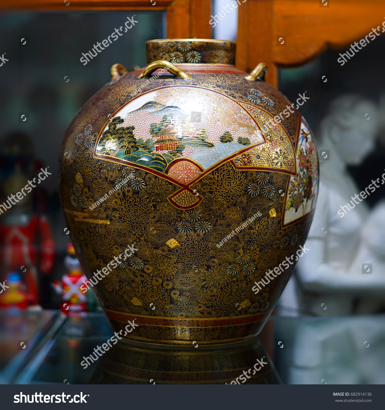 Chinese antique vase stock photo 682914136 shutterstock chinese antique vase reviewsmspy