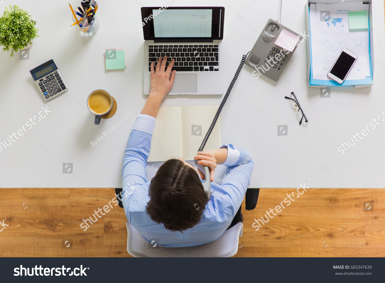 Business Accounting People Concept Businesswan Laptop Stock ...