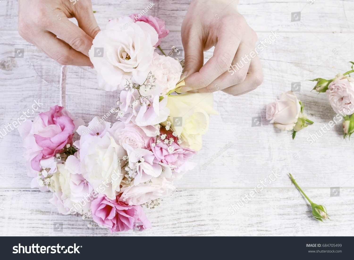 Florist Work How Make Flower Crown Stock Photo Edit Now 684705499