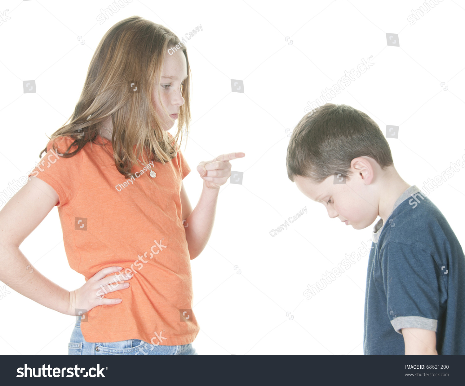 """girl dating a younger boy What it's like dating a guy who's 8 years younger than me by jen kirsch oct 4 2017 """"what will they whisper, though""""  a baby-faced boy eight years my ."""