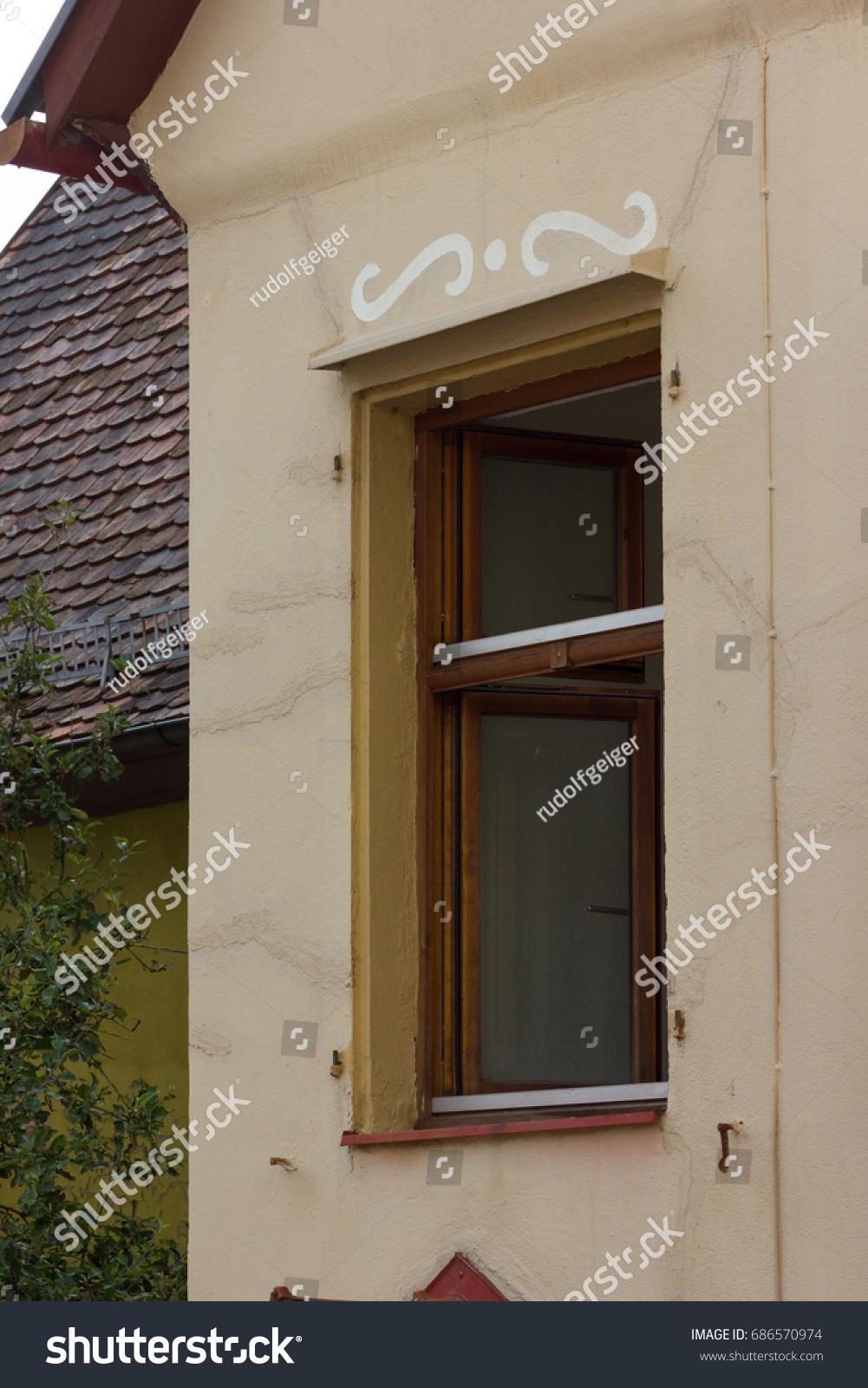 Classic Wooden Door With Bronze Handles In Old New York Townhouse