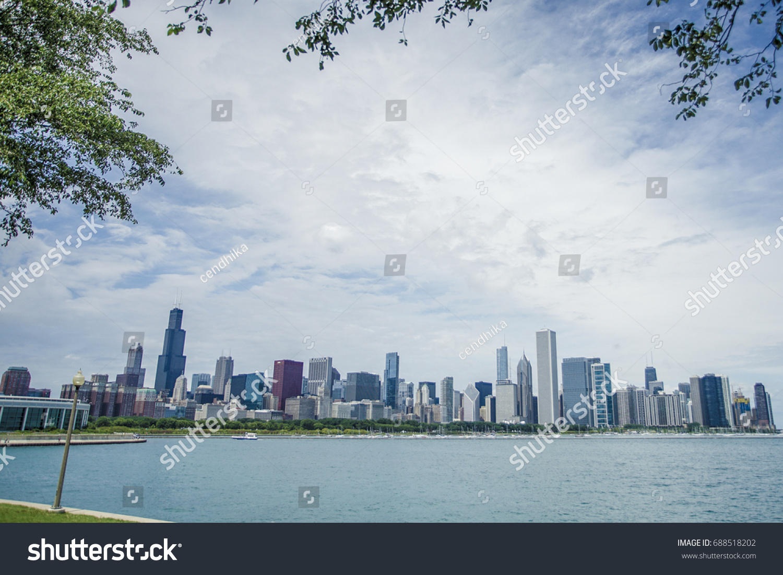 Shicago Skyline Leaves Framing Stock Photo (Royalty Free) 688518202 ...