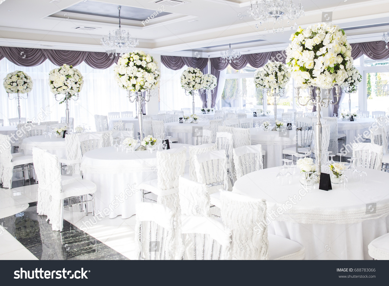 Elegant Wedding Reception Table Arrangement Floral Stock Photo (100 ...