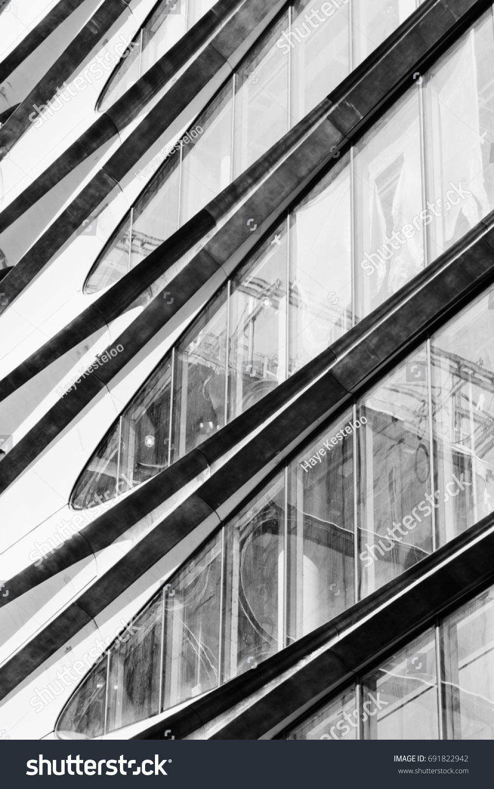 Design details of modern and classic architecture in manhattan zaha hadid