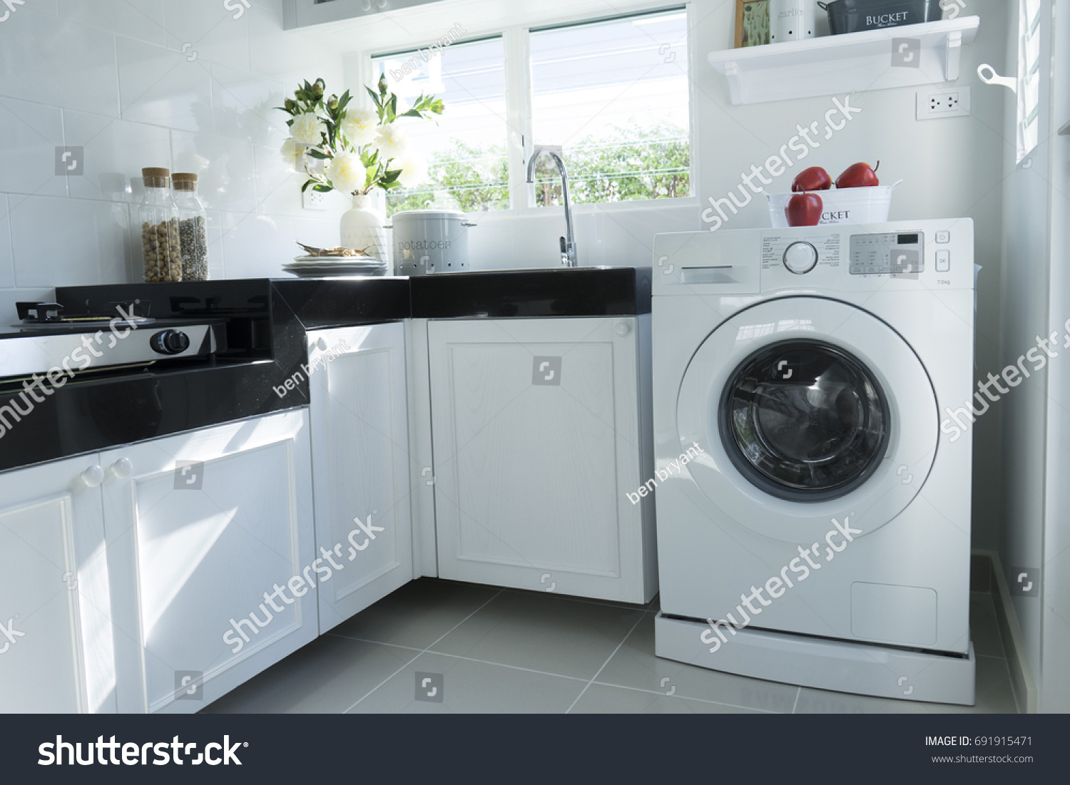 Home Kitchen Washing Machine Stock Photo (Edit Now) 691915471 ...