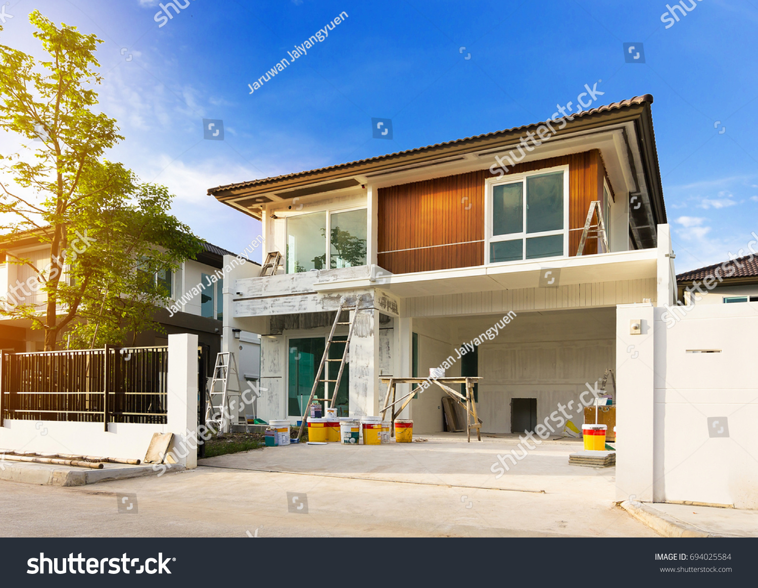 100 Exterior House Painting