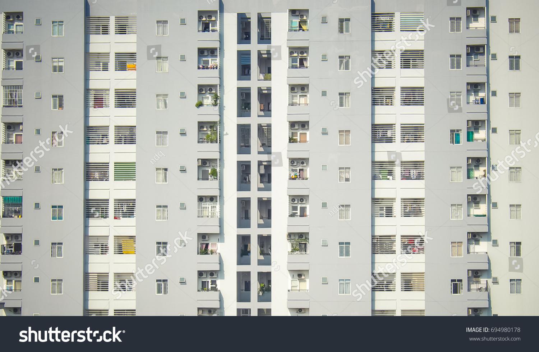 stock-photo-windows-pattern-on-high-apar