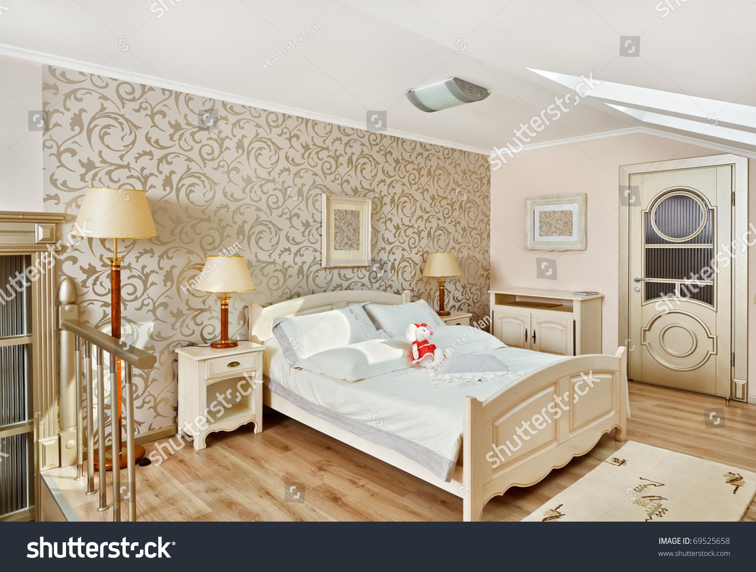 Modern art deco style bedroom interior stock photo 69525658 shutterstock - Deco modern verblijf ...