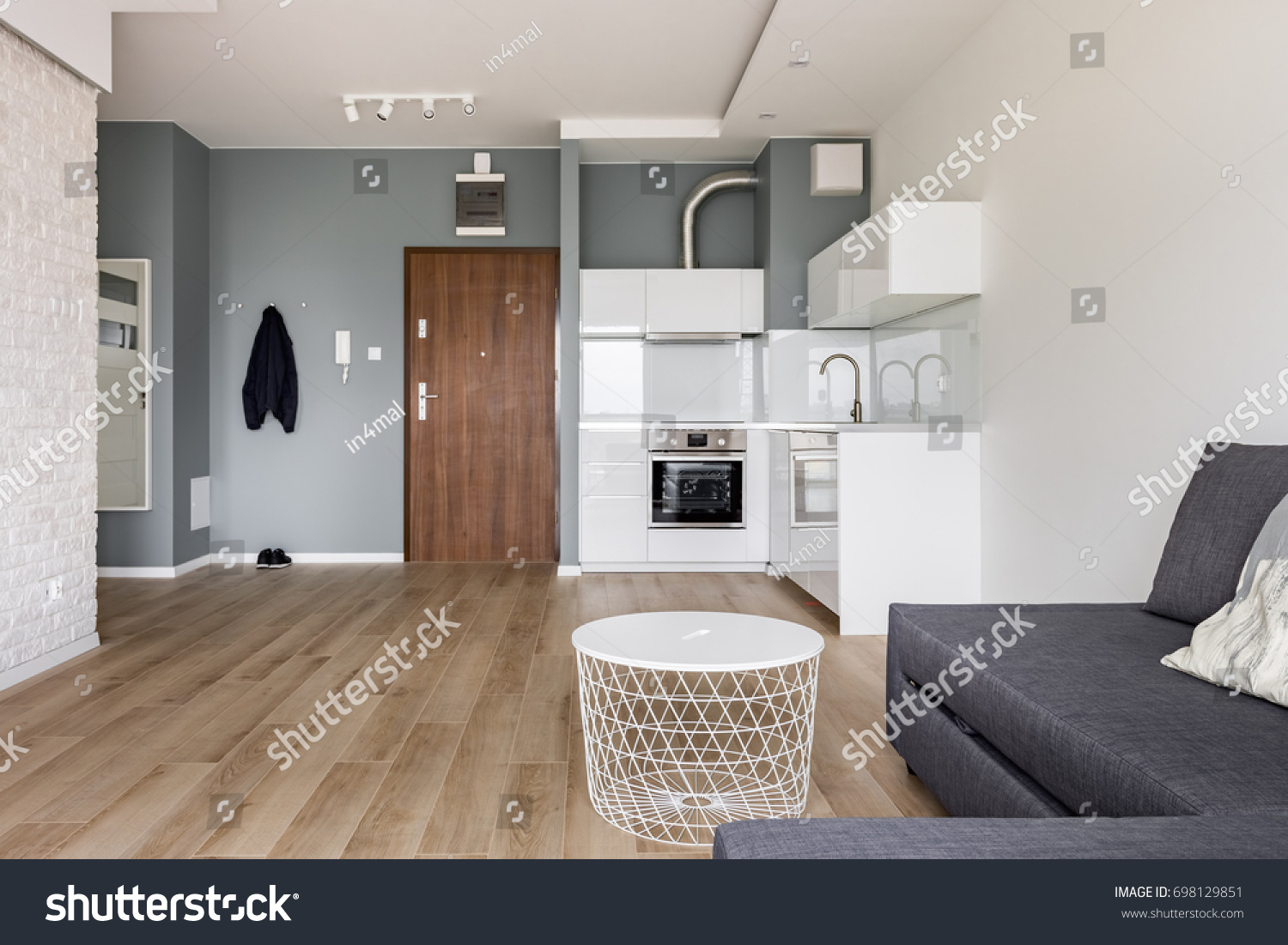 Amazing Modern Studio Flat With Small Kitchen Sofa And Round Coffee Table  With Kchensofa Modern