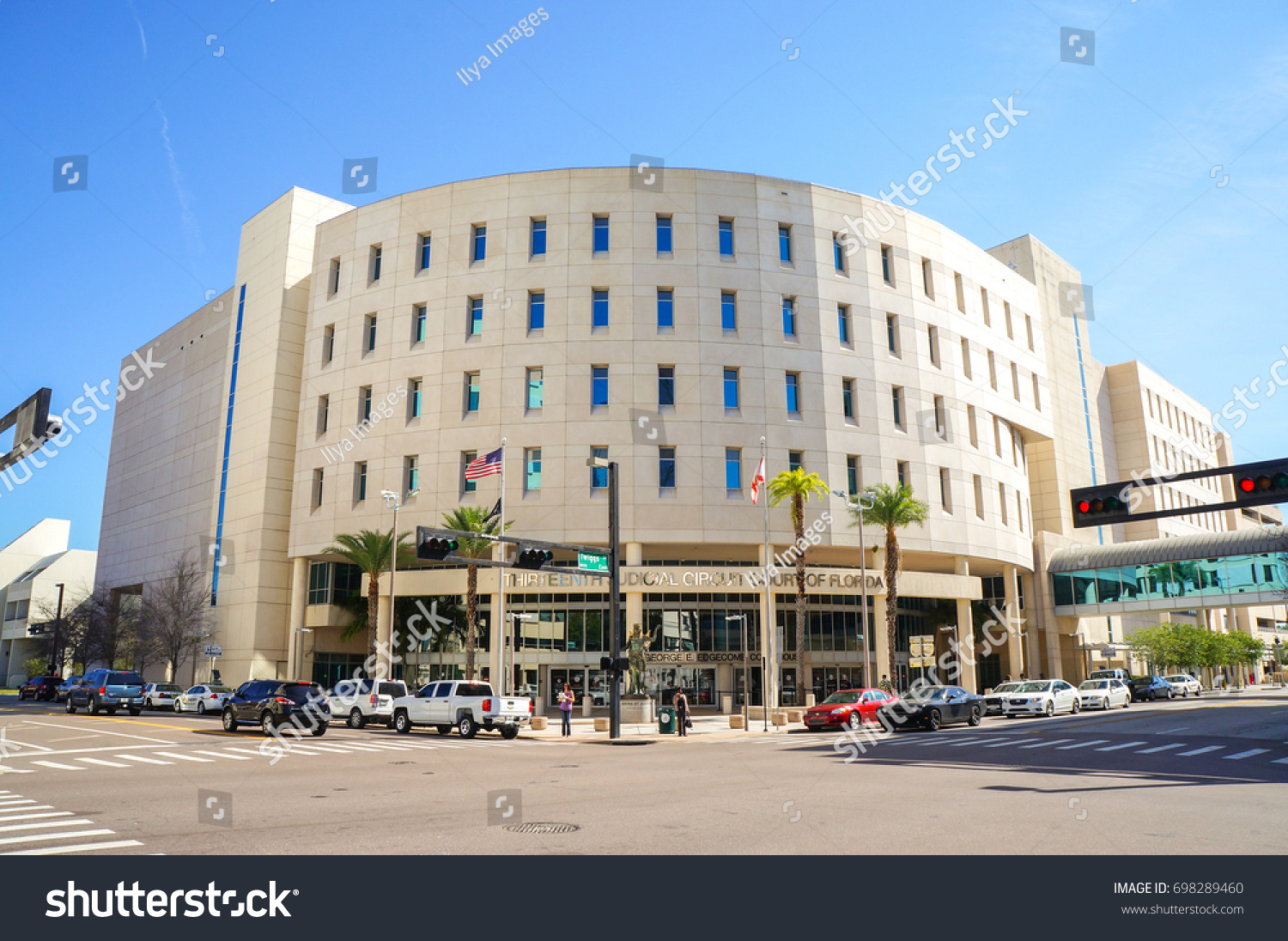People Going Thirteenth Judicial Circuit Court Stock Photo Edit Now To The Edgecomb Courthouse Downtown Tampa Florida