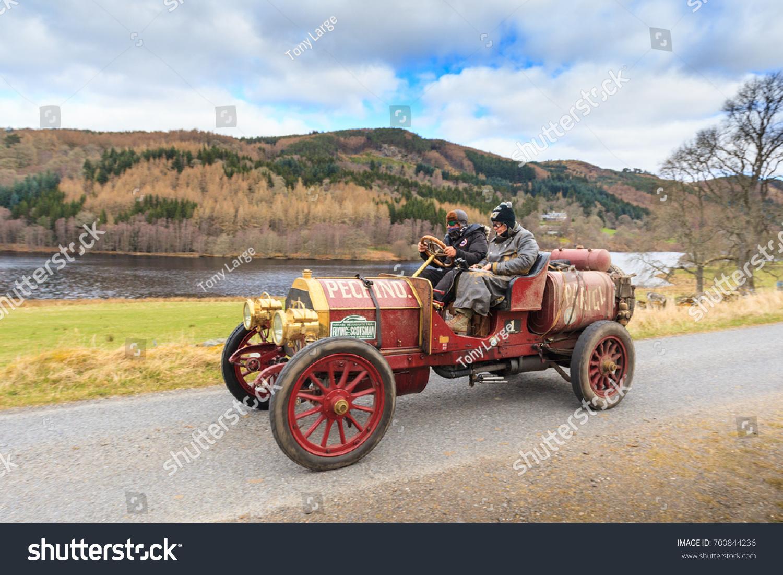 Perth Kinross Scotland April 2 2017 Stock Photo 700844236 - Shutterstock