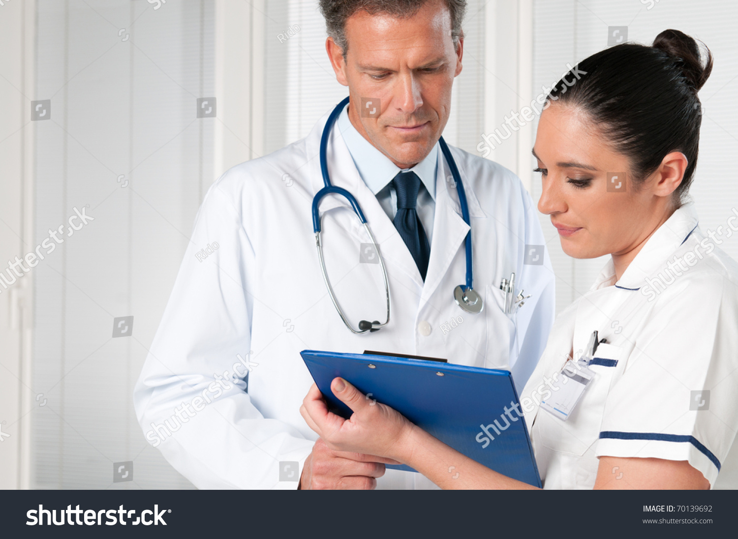 dating for nurses and doctors Just wanted to get some opinions on this one what is your opinion on nurses dating doctors/residents fyi - i'm definately not in this situation, but am a new nurse and just kind of curious.