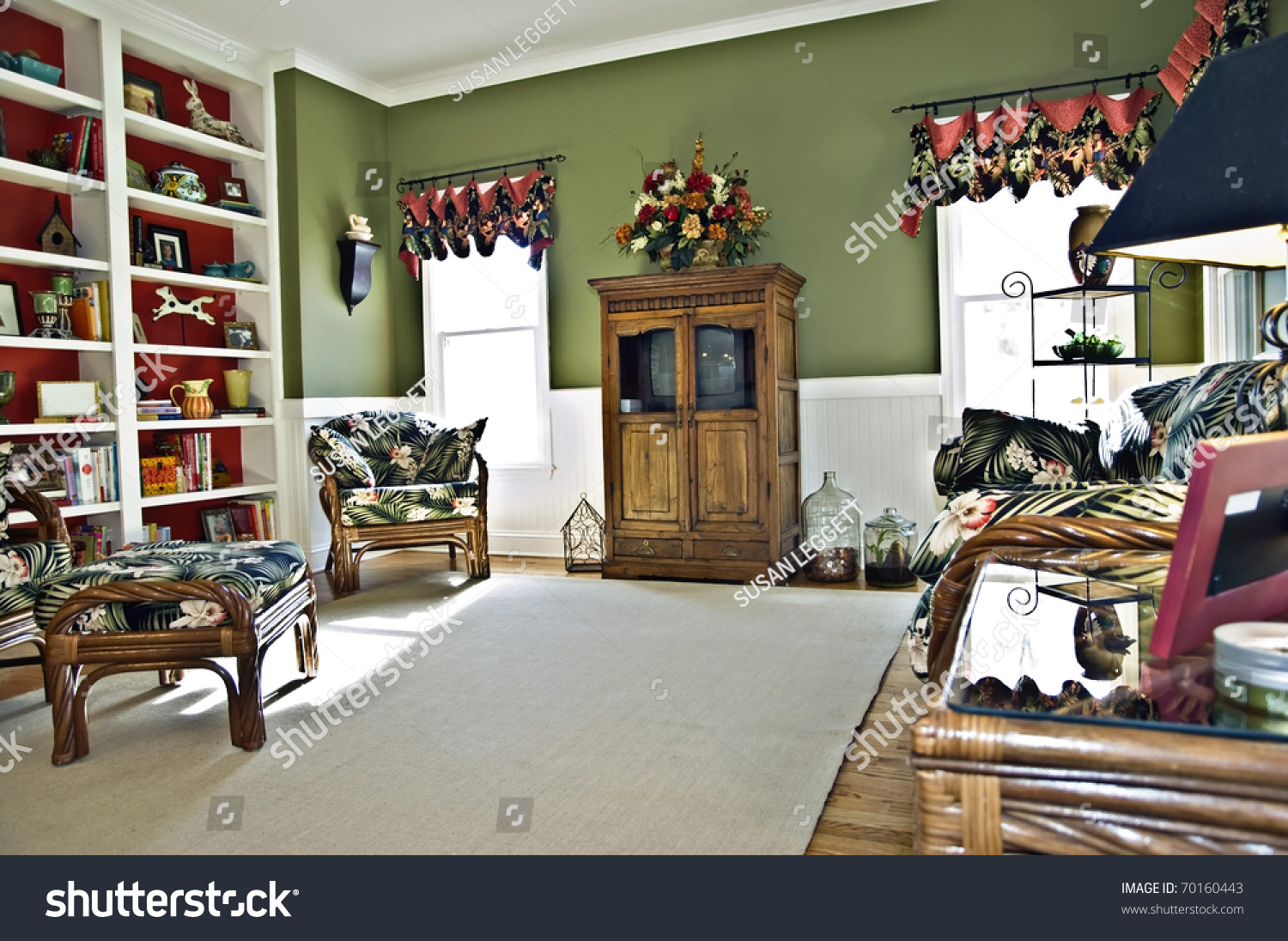 A Small Sitting Area Off The Kitchen That Is Call A Keeping Room It Could