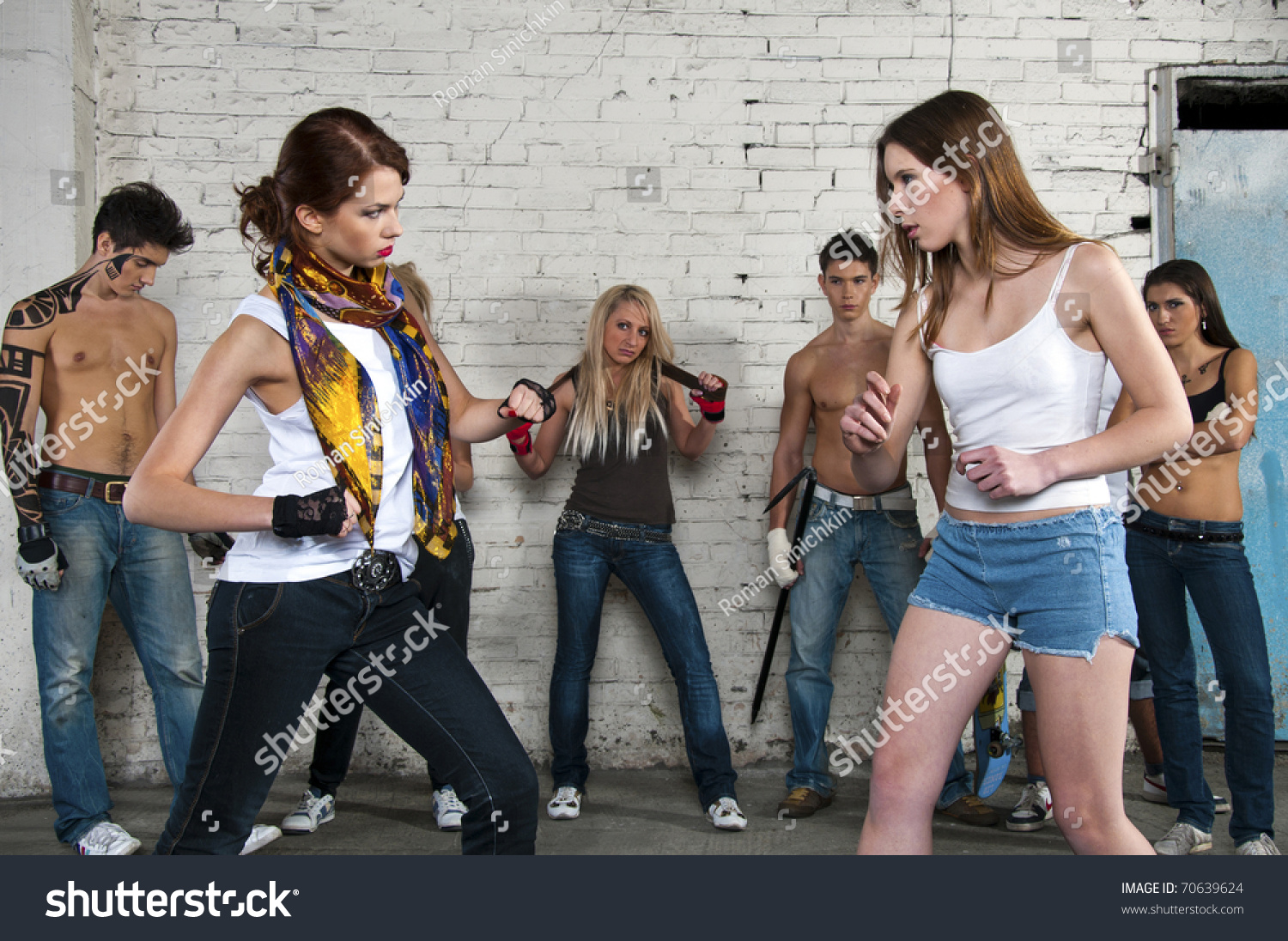 Girls fighting photos