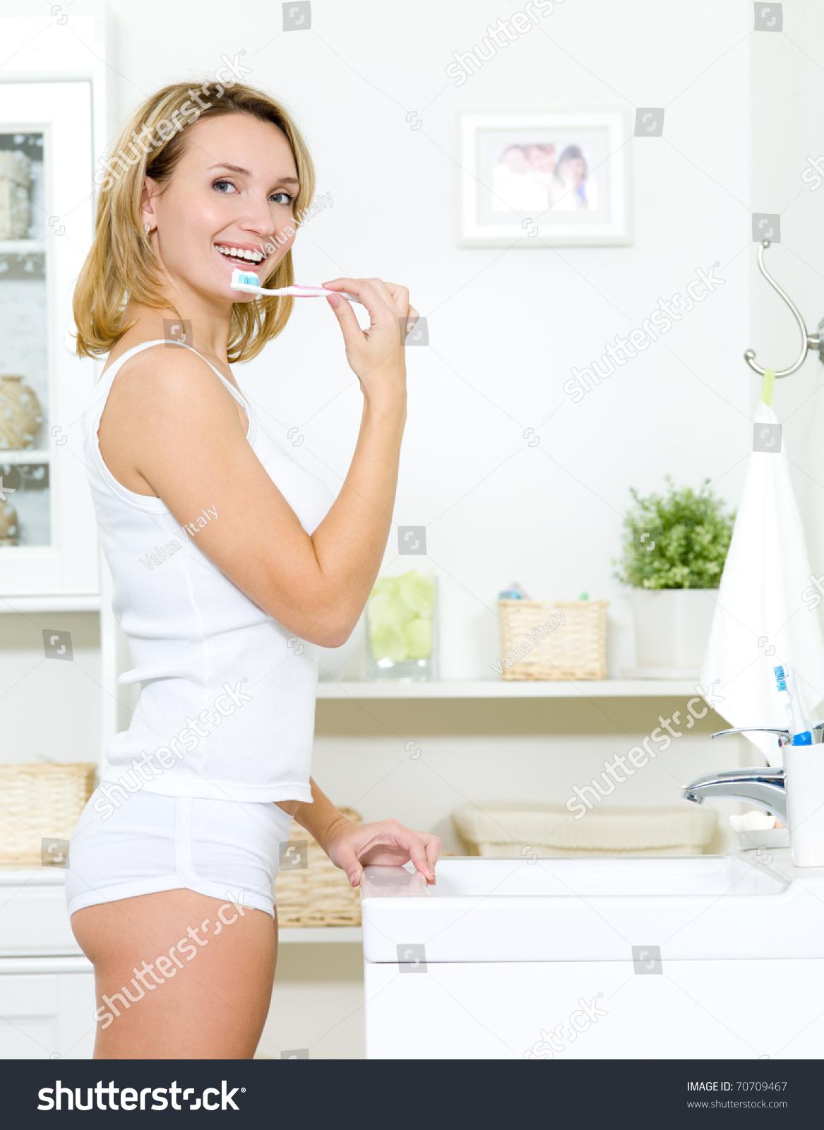 girls giving birt porn