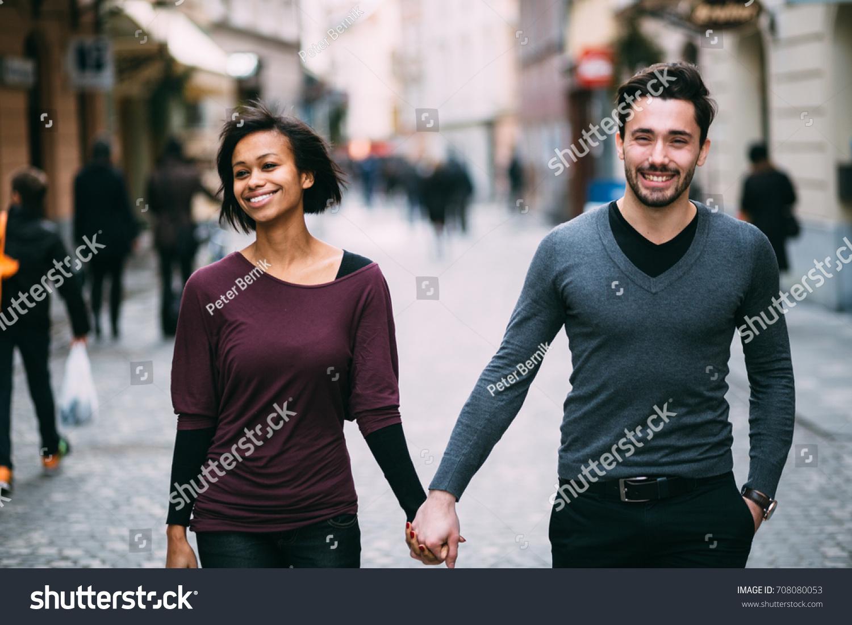 Mall Dare dating Divas
