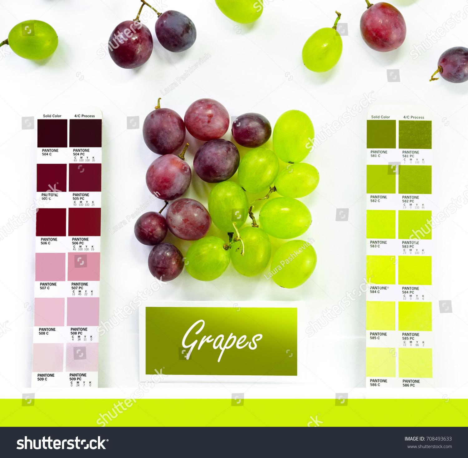 Colored Set Green Red Grapes On Stock Photo (Edit Now) 708493633 ...