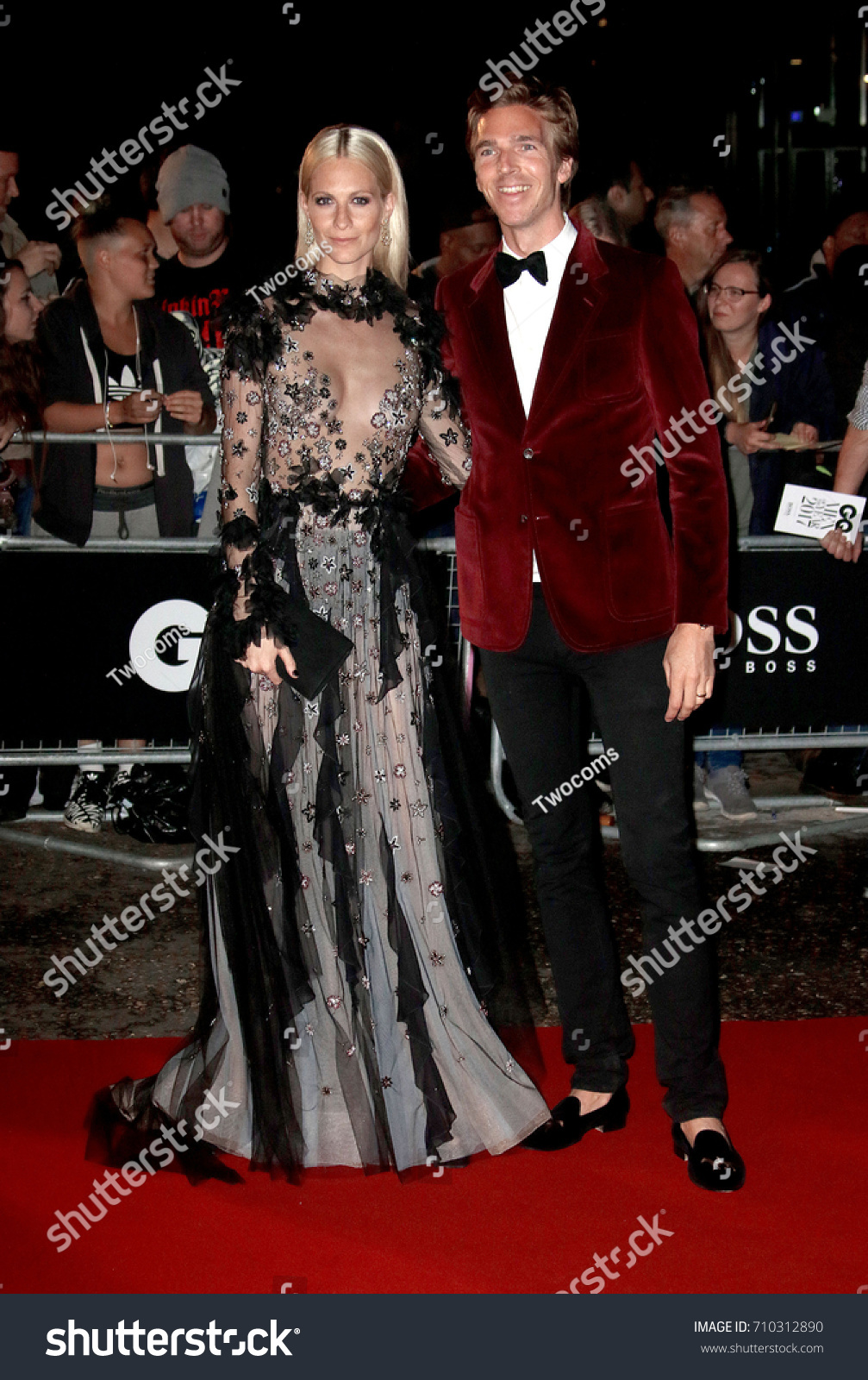 Poppy delevingne gq men of the year awards in london new pics