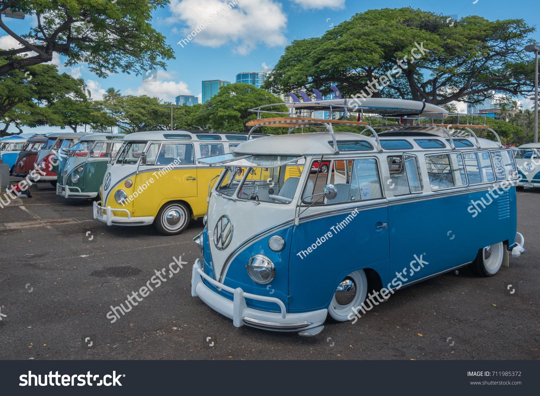 cf9d7df4ec Honolulu Hawaii USA Sept 9 2017 Stock Photo (Edit Now) 711985372 ...