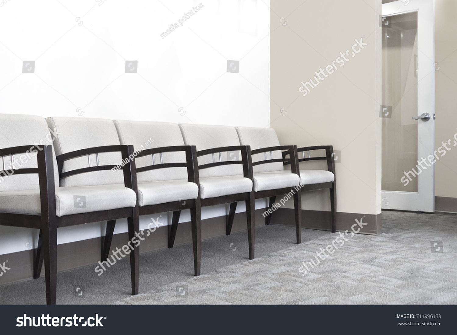 Doctors Office Waiting Seating Area Stock Photo 711996139 ...