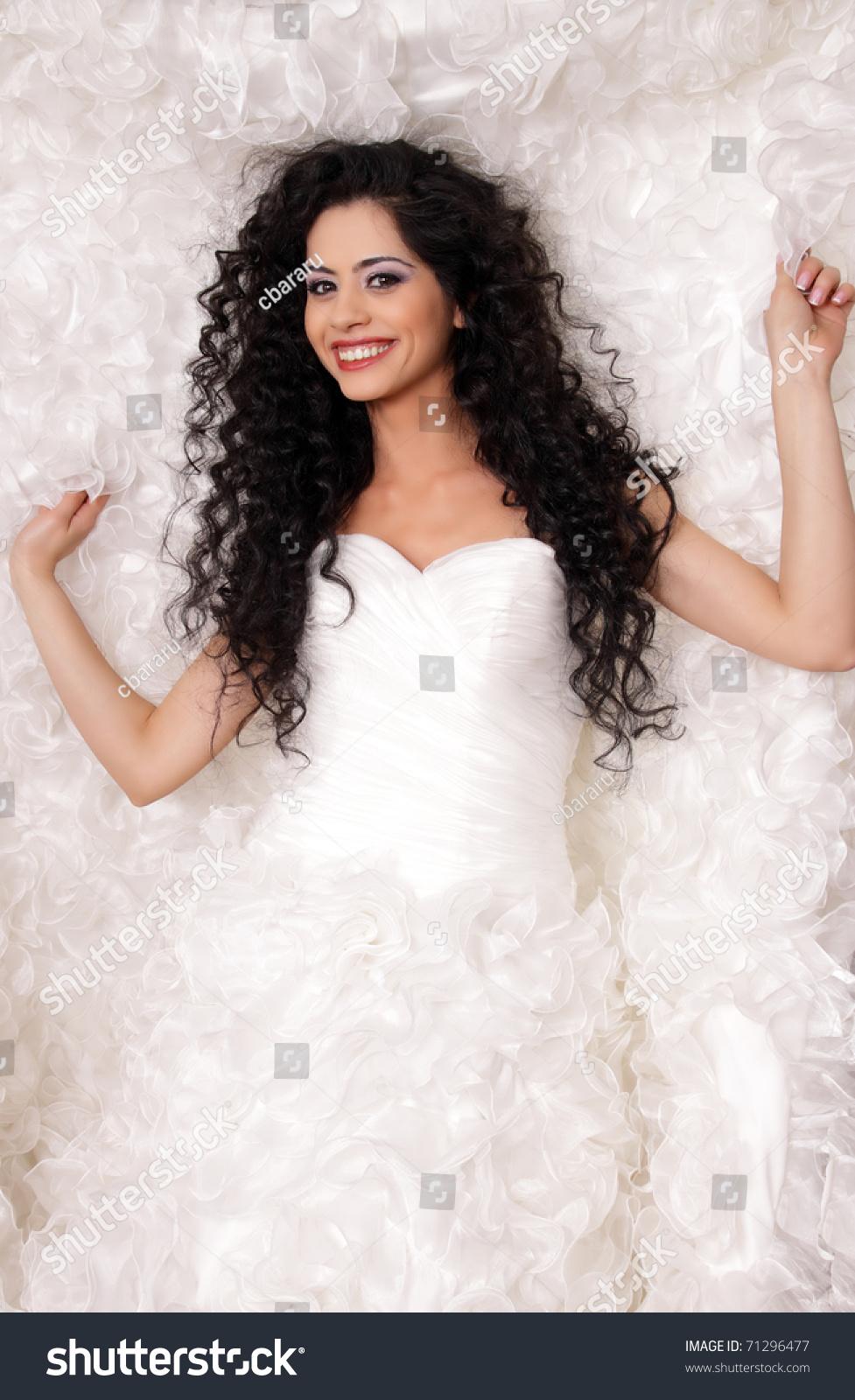 Happy Brunette Bride Long Curly Hair Stock Photo 71296477 - Shutterstock
