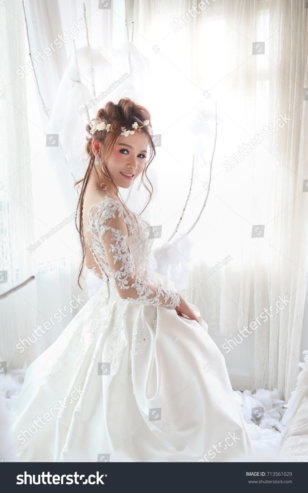 Beautiful Asian Woman White Bride Dress Stock Photo (Royalty Free ...