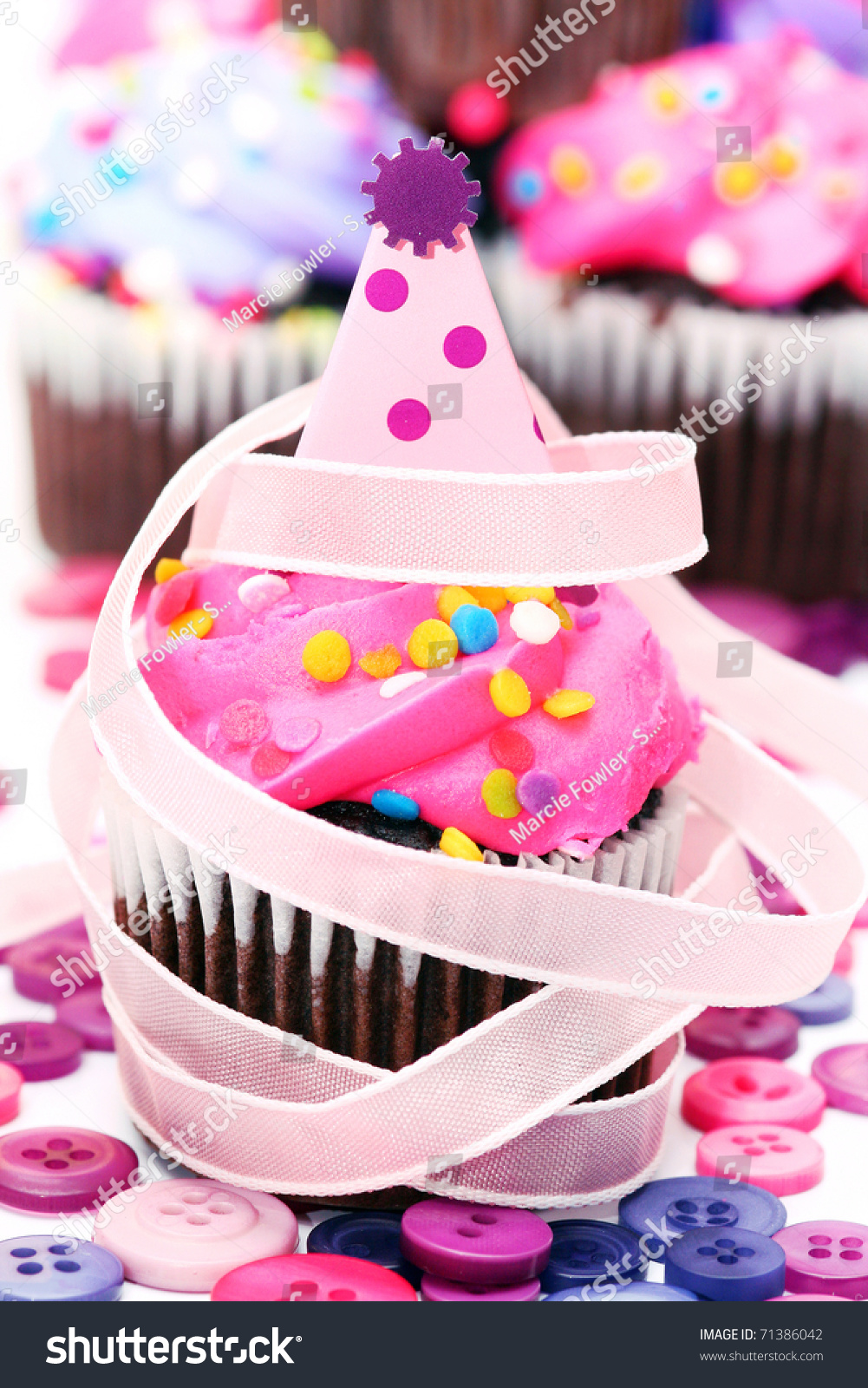Mini cupcake with b day hat decoration buttons and ribbon for B day decoration photos