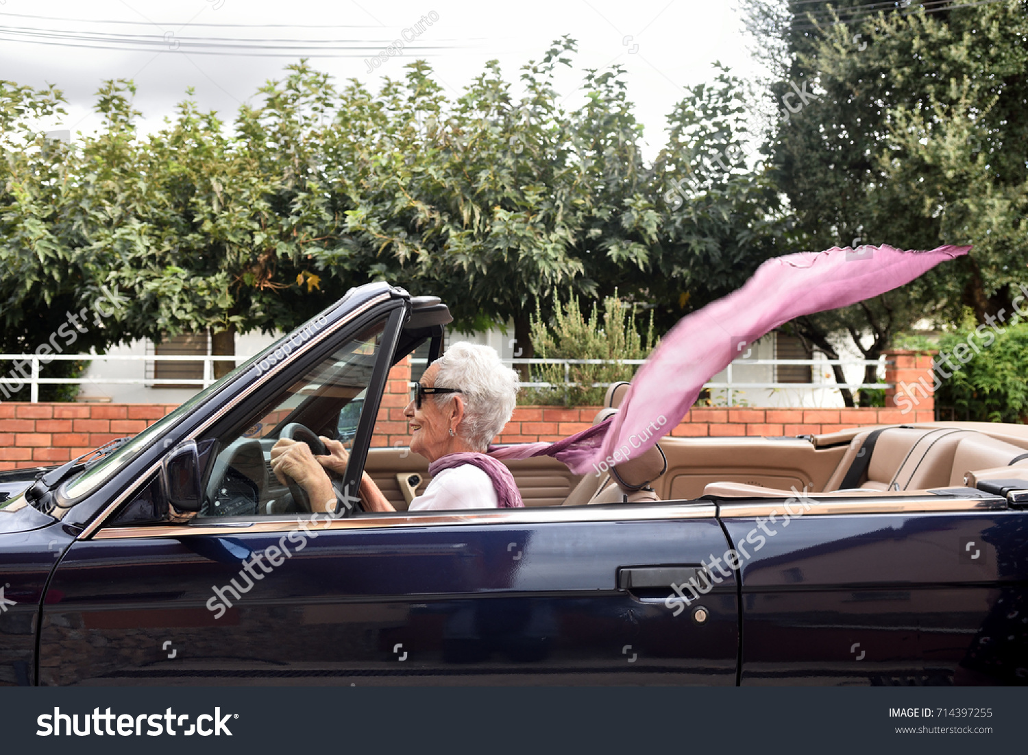 Old Woman Driving Convertible Car Stock Photo 714397255 - Shutterstock