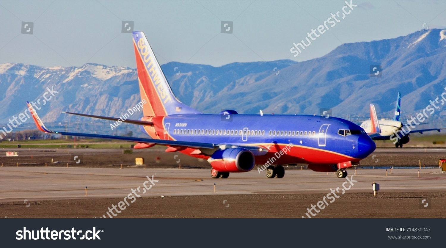 six segments of the general environment affecting southwest airlines The southwest airlines swot analysis is a good example to opportunities and threats are external environmental that have an affect on any.