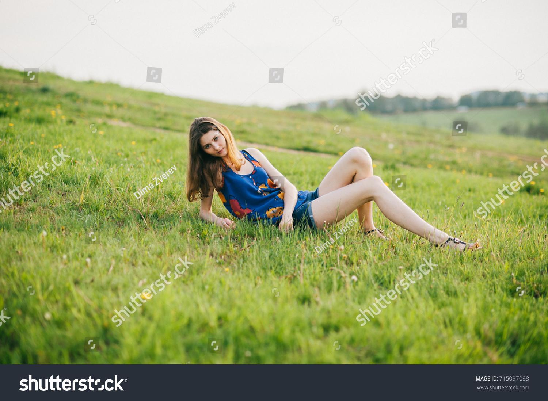 Nude self pic legs girl spread young