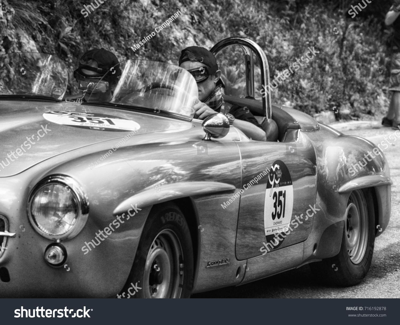 Gola Del Furlo Italy May 19 Stock Photo (Royalty Free) 716192878 ...