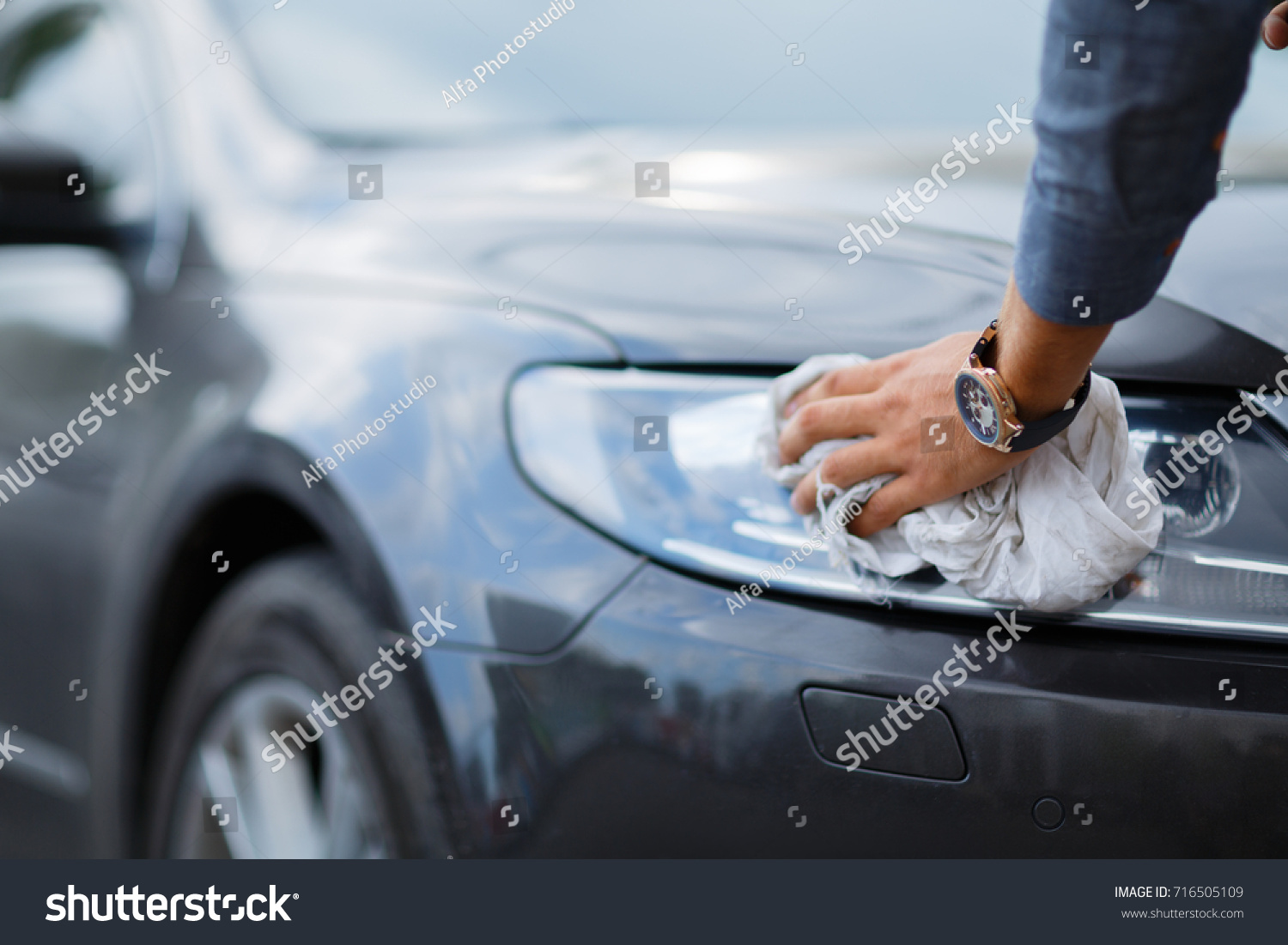 Buying Used Car Cleaning Cars Sale Stock Photo (Royalty Free ...