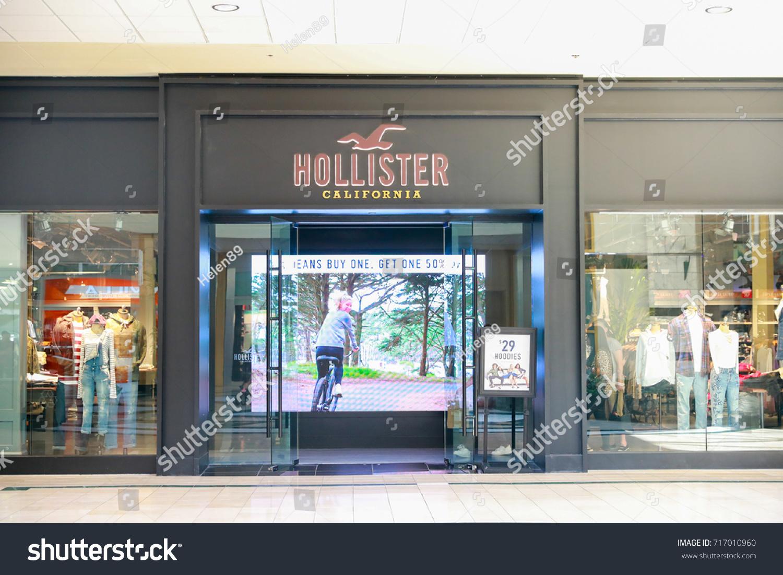 Hollister store allentown pa usa september stock photo 717010960 hollister store allentown pa usa september 17 2017 buycottarizona