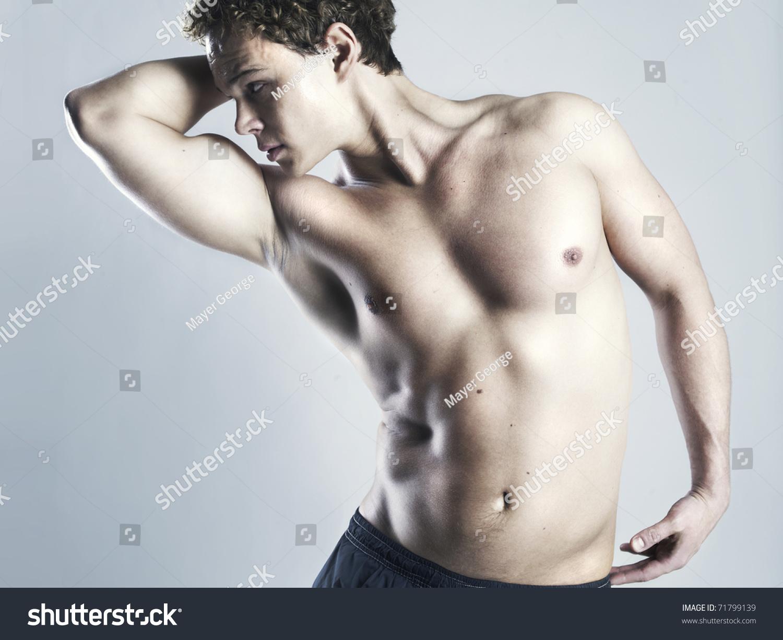 ebat-golie-zhenshini