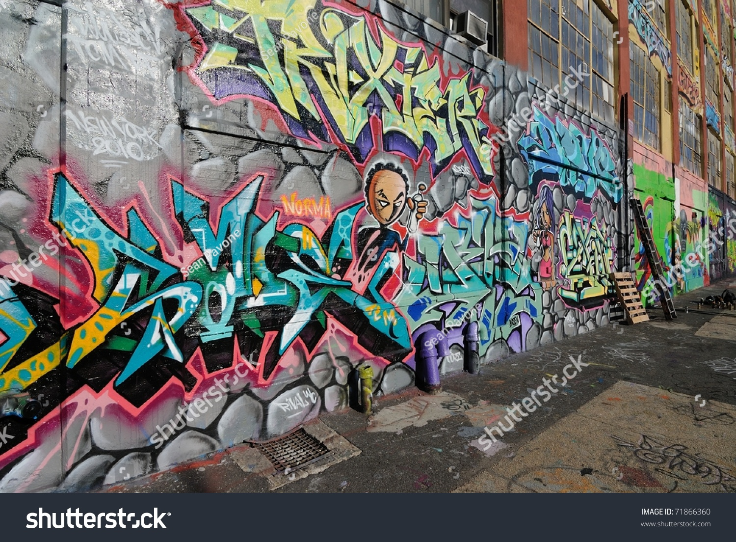 Graffiti wall in queens ny - Queens New York October 7 Five Pointz Considered A Graffiti Mecca
