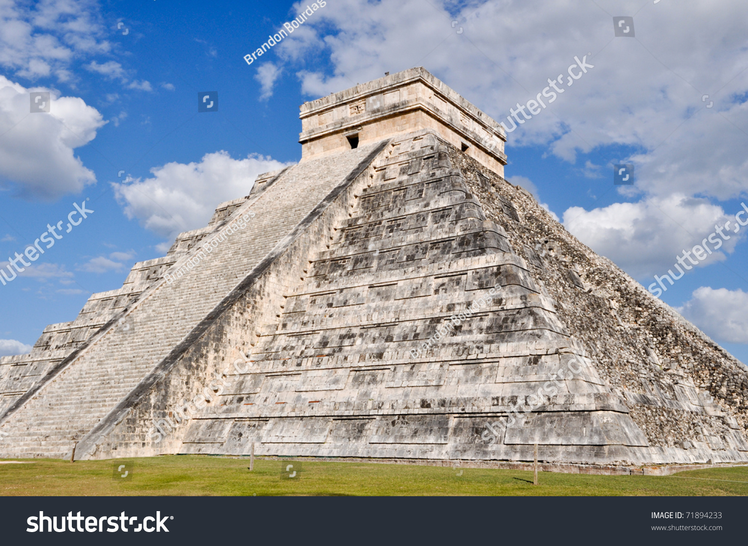 Modern 7 wonders of the world - Chichen Itza Modern Seven Wonders Of The World In Mexico Preview Save To A Lightbox