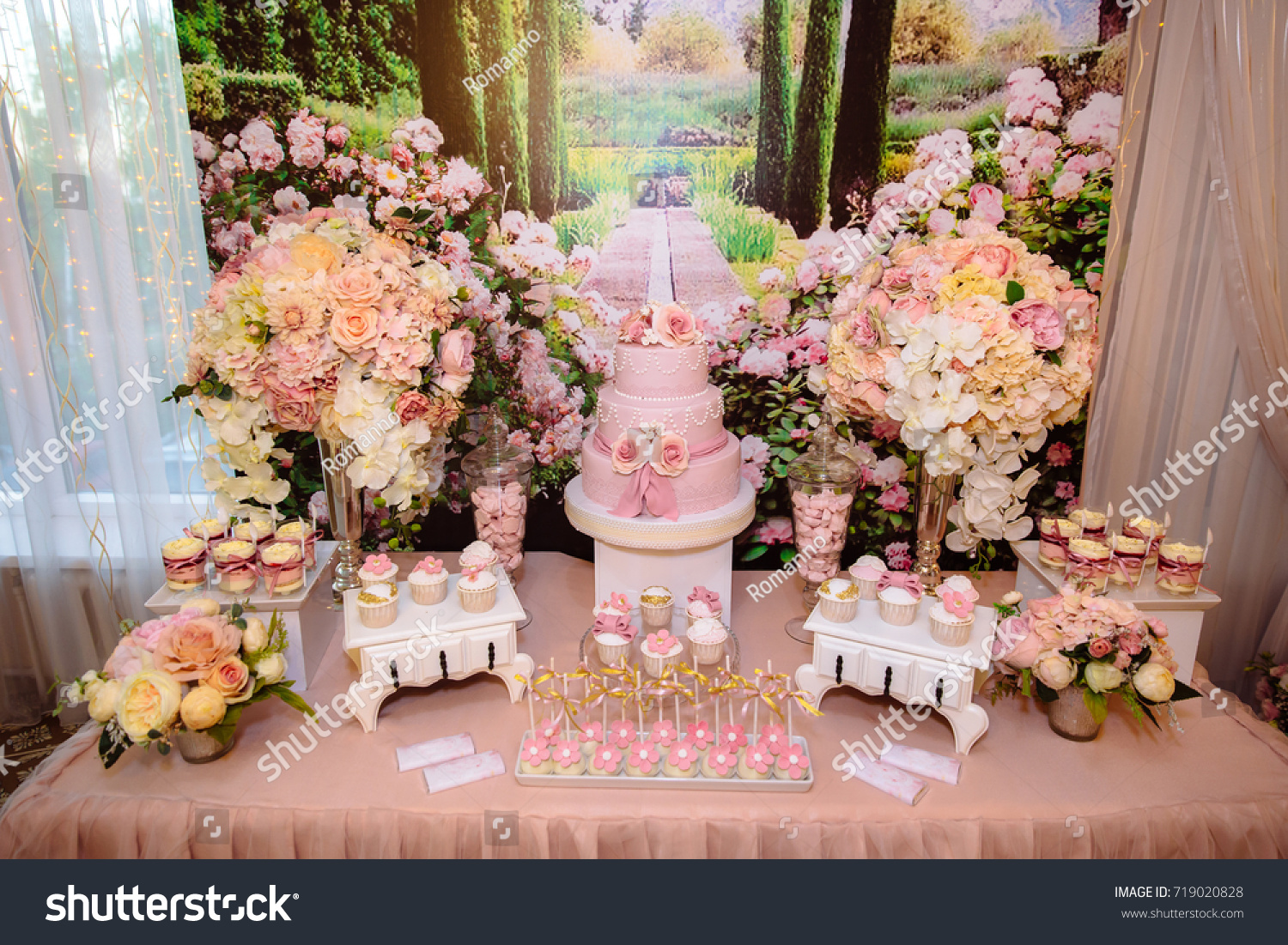 Candy Bar Wedding Cake Table Sweets Stock Photo (Edit Now) 719020828 ...