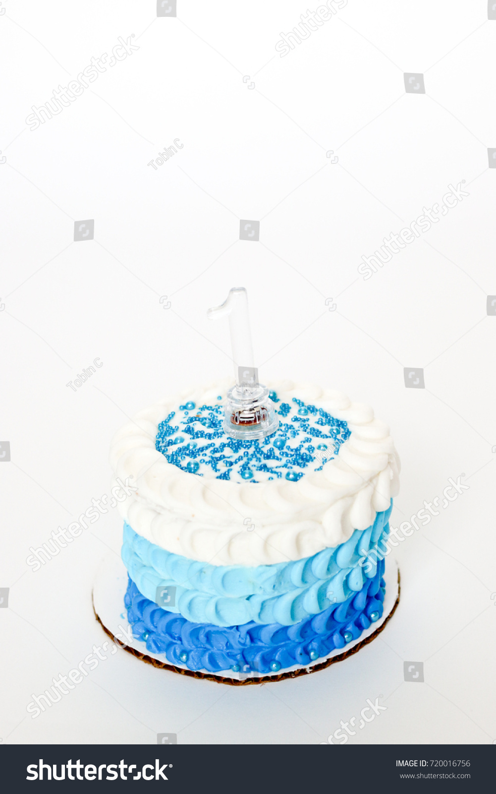 Celebrating A Baby Boys First Birthday With Blue Cake