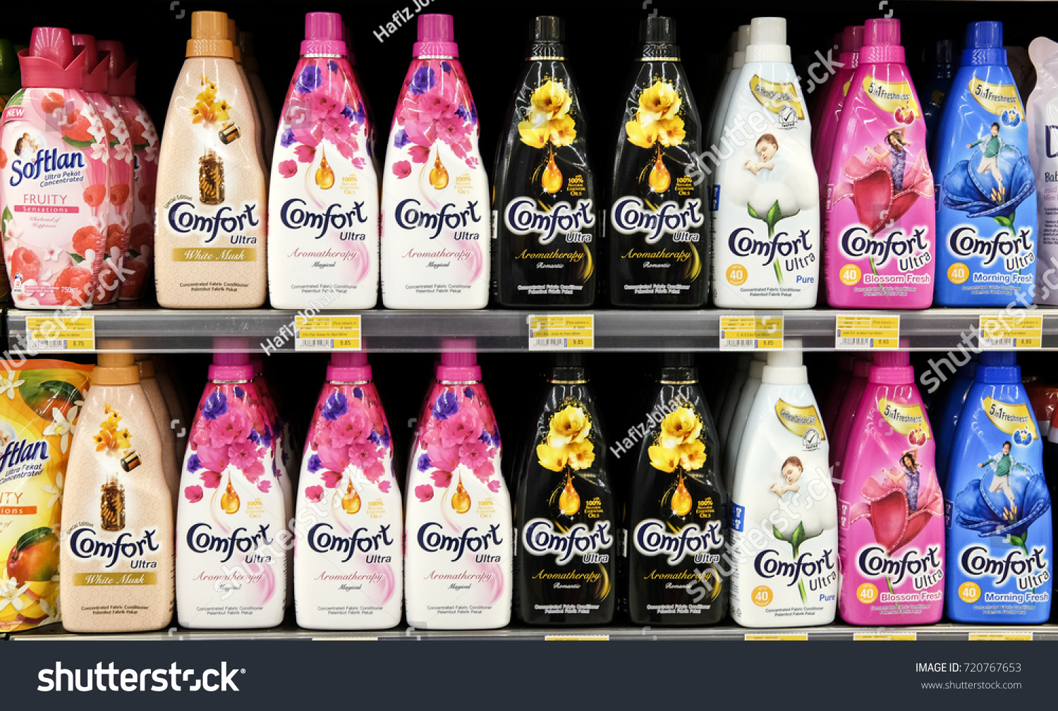 Kuala Lumpur, Malaysia - September 22, 2017 : Comfort fabric conditioner on the shelves at local market. Comfort is a brand under Unilever, a Dutch-British consumer goods company.