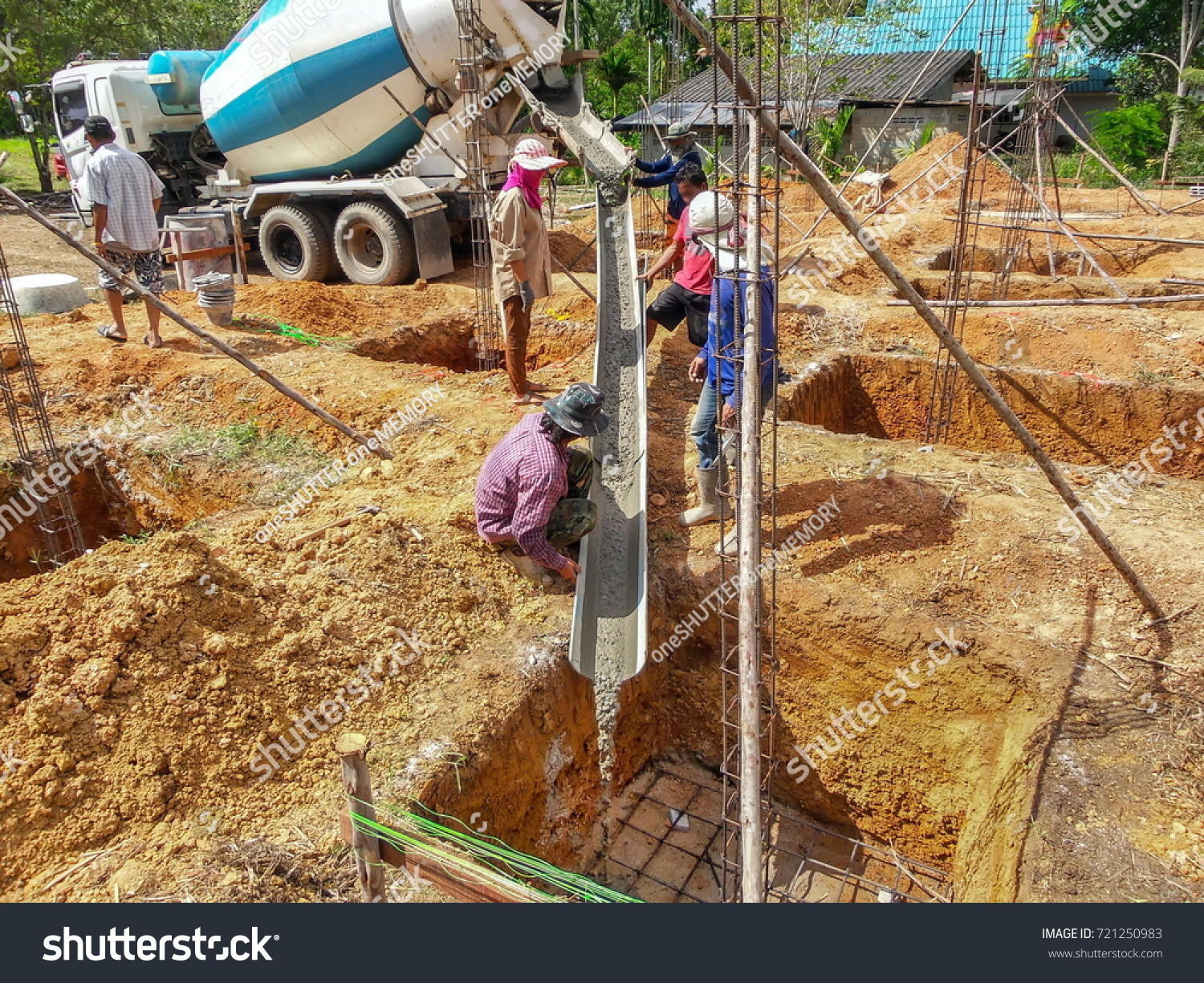 Construction Workplacing Concrete Foundations Pouring