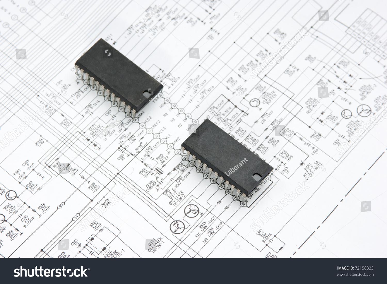 Silicon Chip On Wiring Diagram Stock Photo 72158833