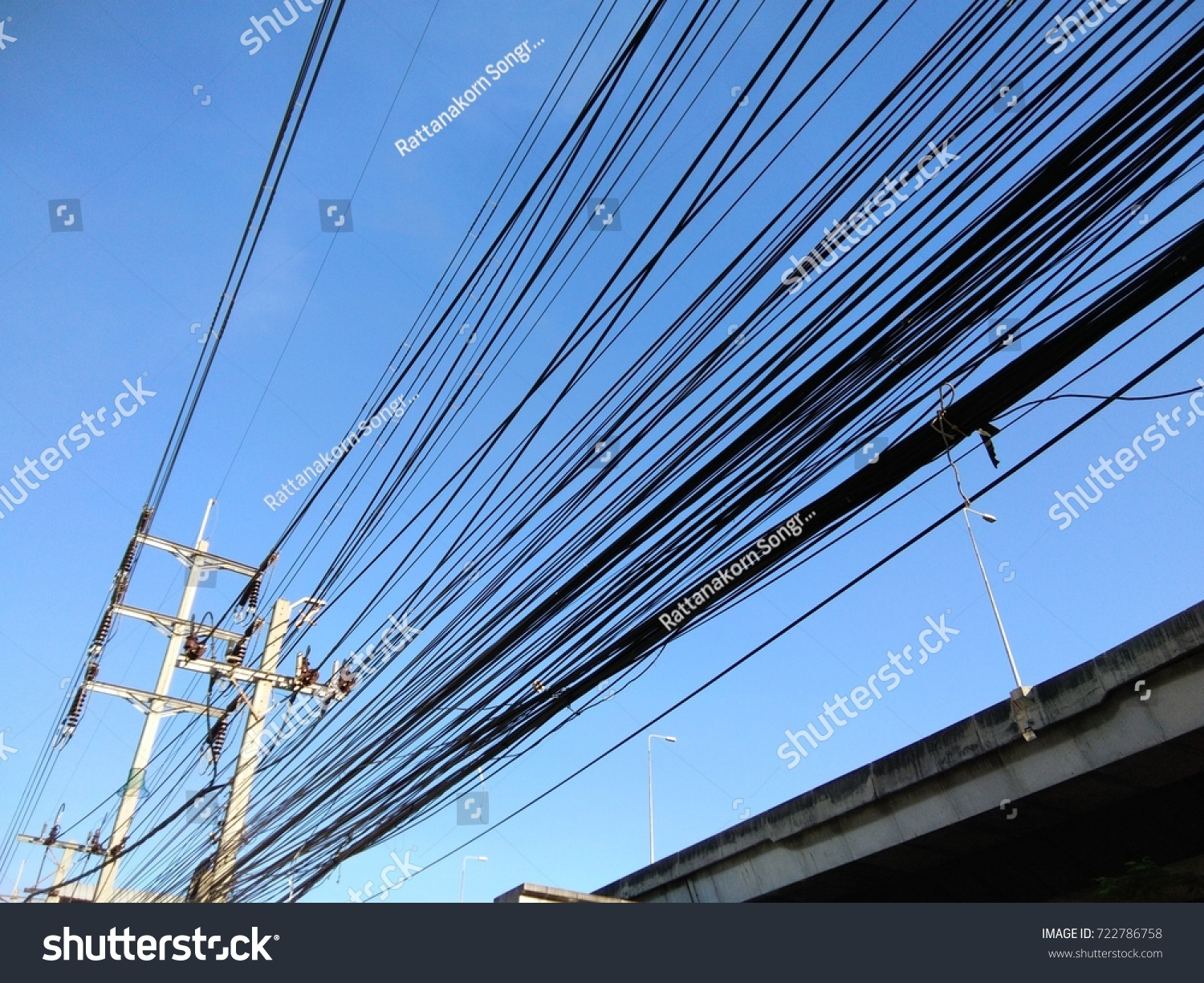electric wires and antenna | EZ Canvas