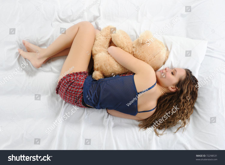 Эро фото спящих девочек 21 фотография