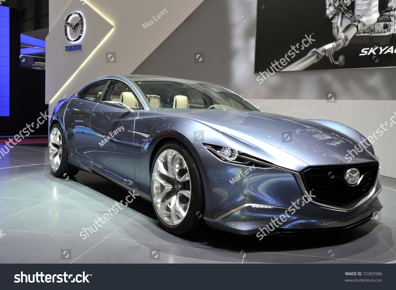 Kekurangan Mazda Shinari Spesifikasi