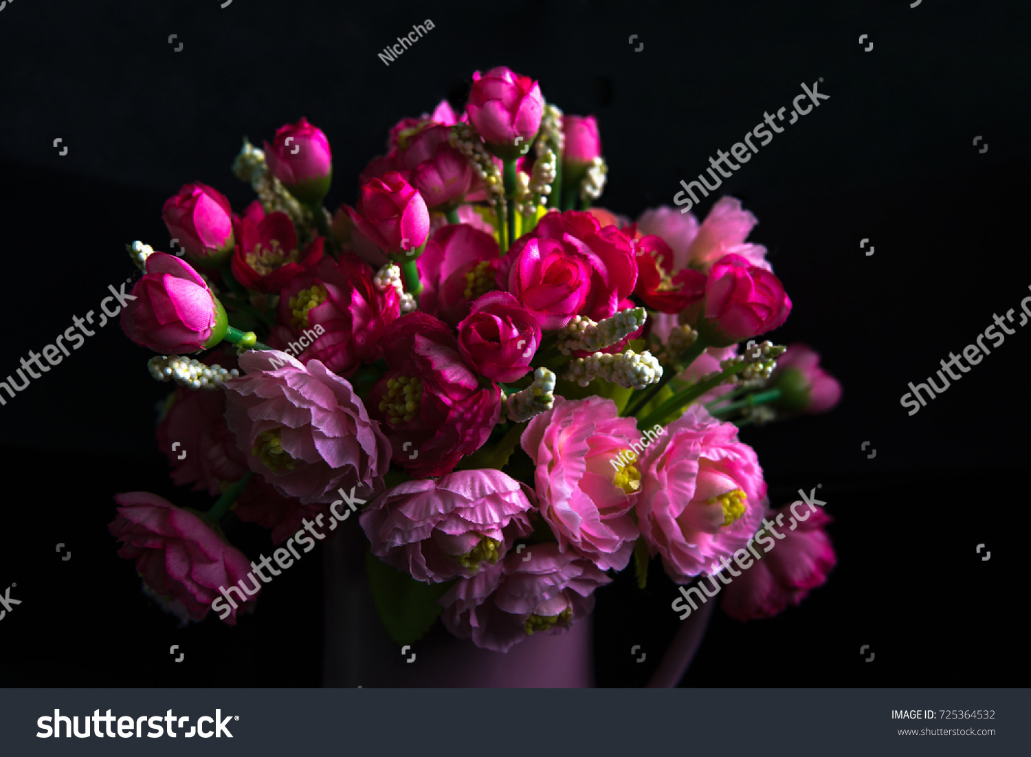 Beautiful bunch pink flowers vase on stock photo 725364532 beautiful bunch of pink flowers in the vase on black background reviewsmspy