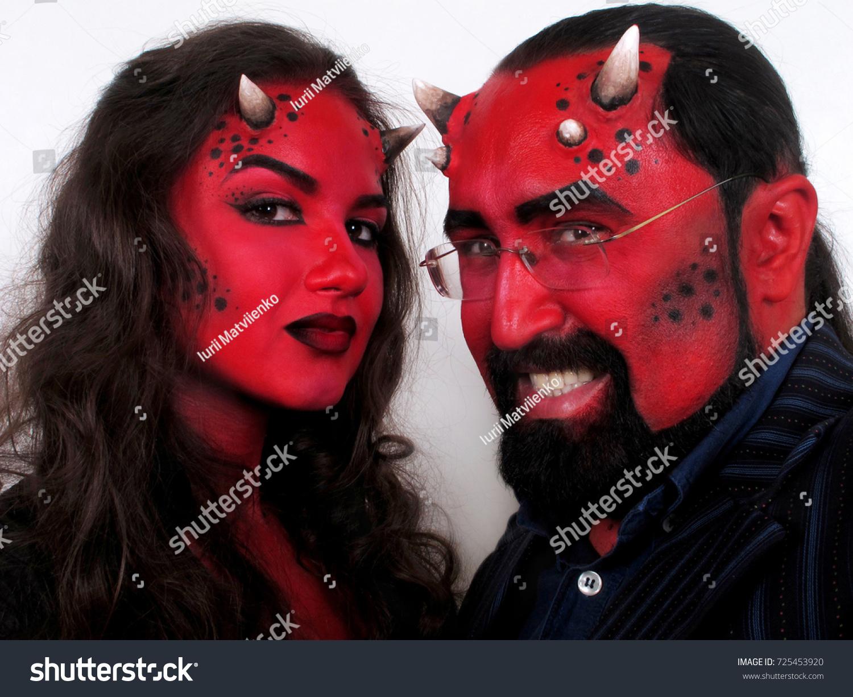 Couple thai and demons   Porn photos)
