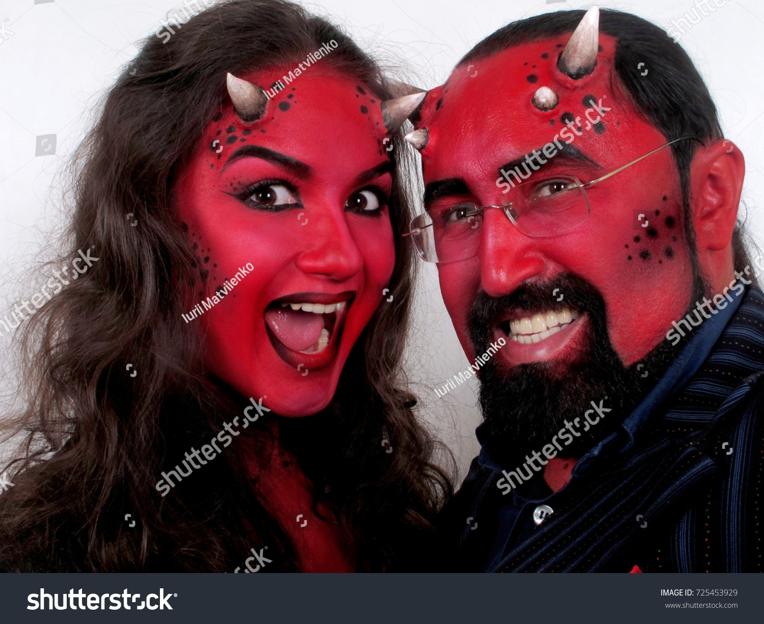 Couple thai and demons   Hot foto)