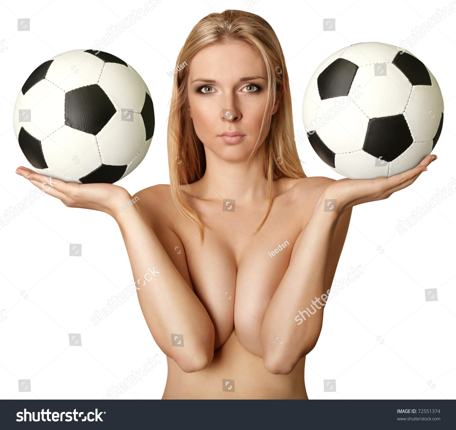 naked women with soccer bals